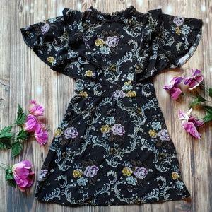 Little girls 6 6X Flutter sleeve keyhole dress